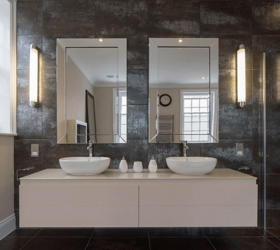 آینه دوقلو در حمام